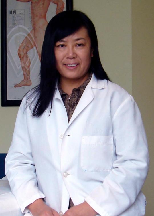 Hongping Ren, Fertility acupuncture specialist, Seattle