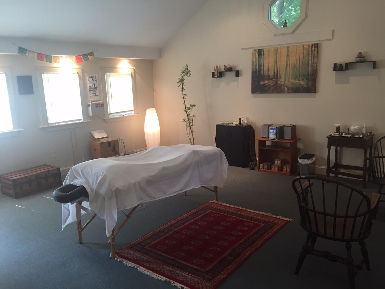 Gabe Schiff-Verre offers Acupuncture Portland Maine in Portland, Maine, Saint John Street